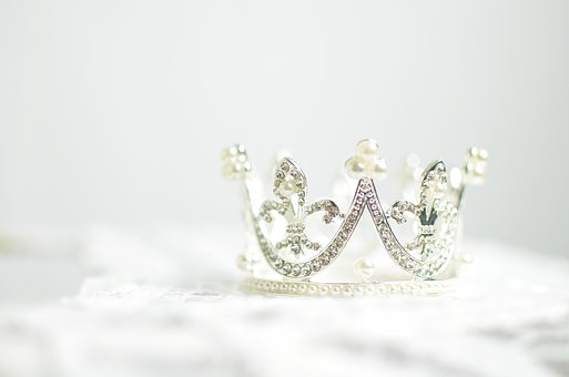 crown jewellery in scotland royalty